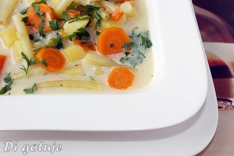 aksamitna zupa warzywna